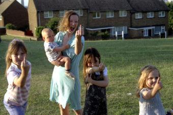 12.01.12 Film: KurzFilmKlause – Gruppenbilder mit Damen